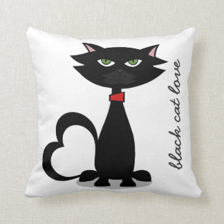 black cat love -Kitty Kushion Throw Pillow