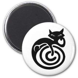 Black cat. magnet
