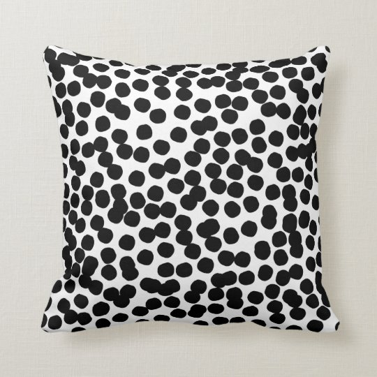 Black dots cushion