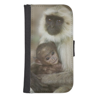 Black-face Langurs, mother with baby, in Galaxy S4 Wallet