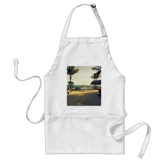 Black Fin Resort Standard Apron