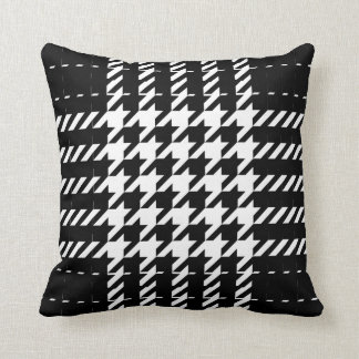 Black Houndstooth Traditional Pattern Throw Pillow