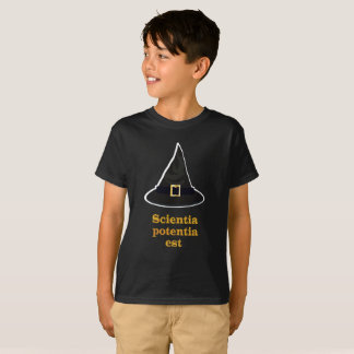 Black magic Hat, gold Latin Quote, knowledge T-Shirt