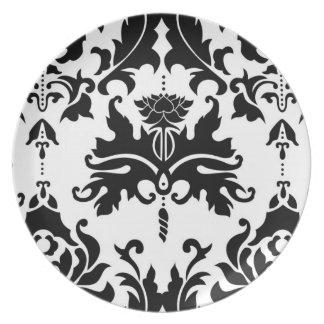 Black-n-White Damask Plate