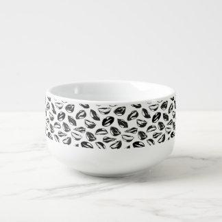 Black Pattern Lips Soup Mug