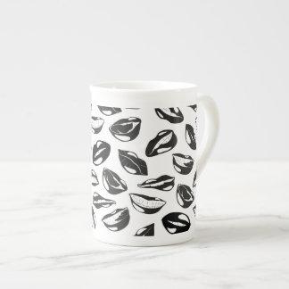 Black Pattern Lips Tea Cup