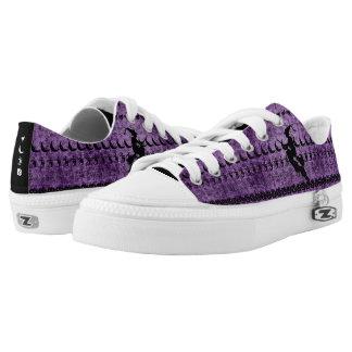 Black/Purple Halloween Witch Fun Font Art Pattern Low-Top Sneakers