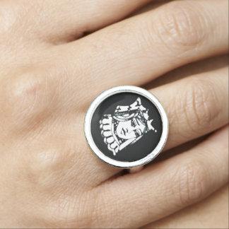 Black Queen Rings