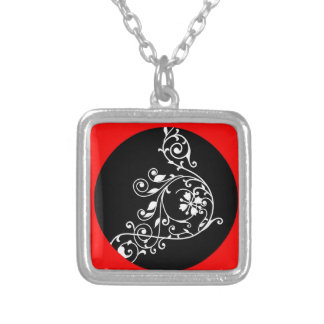 BLACK RED GEOMETRIC PATTERN ON NECKLACE