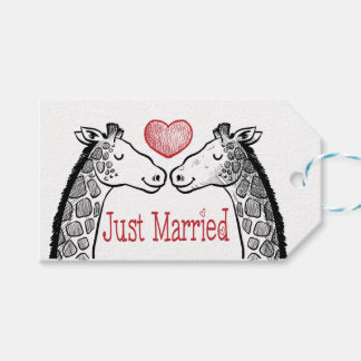 Black & Red Just Married Giraffe Burgundy Wedding Gift Tags