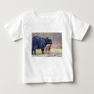 Black Scottish highlander mother cow with newborn Baby T-Shirt