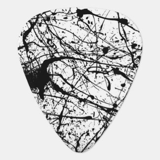Black Splatter on White guitar pick