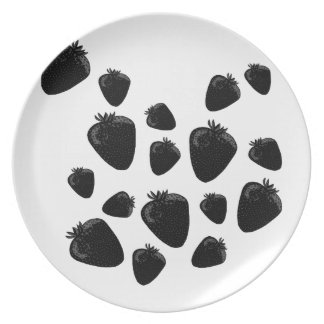 Black strawberries party plate