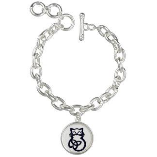 Black Trinity Knot Celtic Cat Bracelet