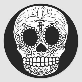 Black/White Candy Skull Round Sticker
