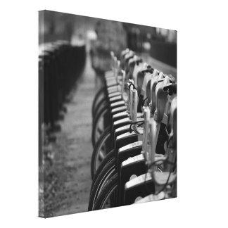 Black & White Canvas