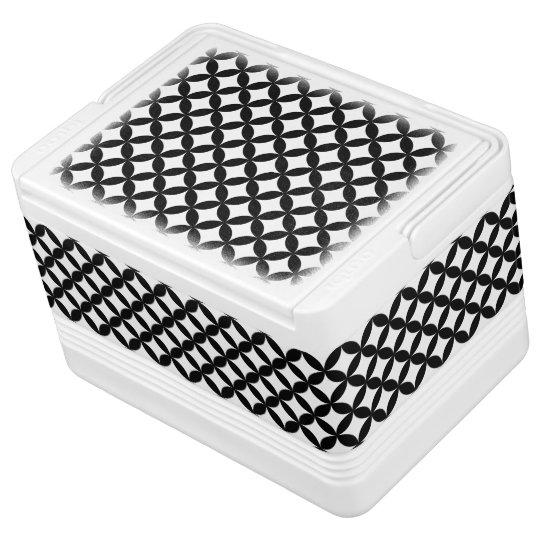 Black White Circles and Diamond Pattern