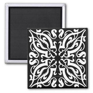 BLACK & WHITE Damask Magnet