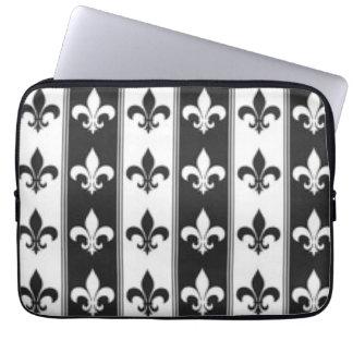 Black White Fleur De Lis Pattern Print Design Laptop Sleeve