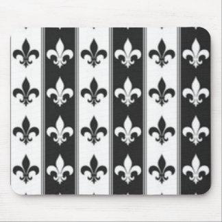 Black White Fleur De Lis Pattern Print Design Mouse Pad