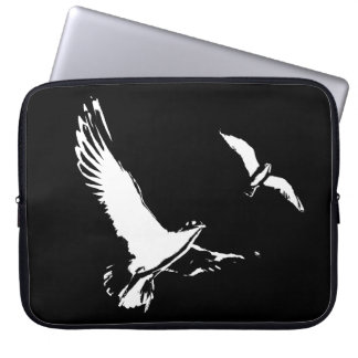 Black & White Flying Birds - Laptop sleeve