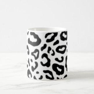Black white Leopard Pattern Print Design Coffee Mug
