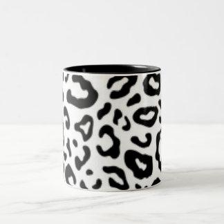 Black white Leopard Pattern Print Design Two-Tone Coffee Mug