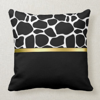 Black & White Leoplard Pattern Throw Pillow