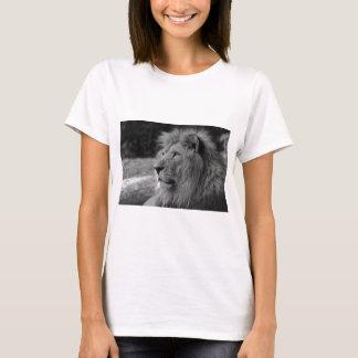 Black & White Lion - Wild Animal T-Shirt
