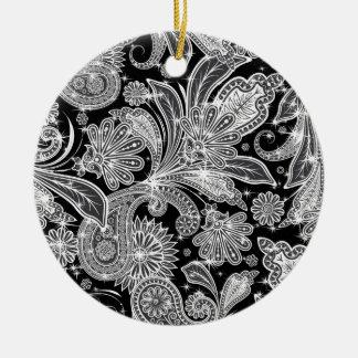 Black & White Paisley Pattern Round Ceramic Ornament