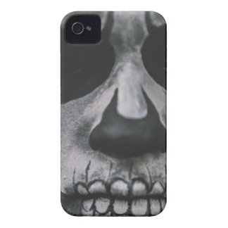 Black & White Scary Face... iPhone 4 Cover