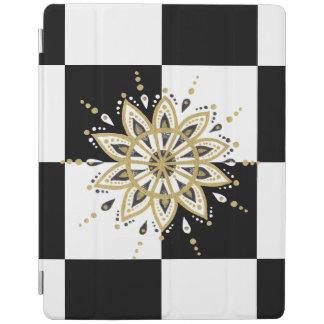 Black & White Square & Circle Mandala 2c iPad Cover