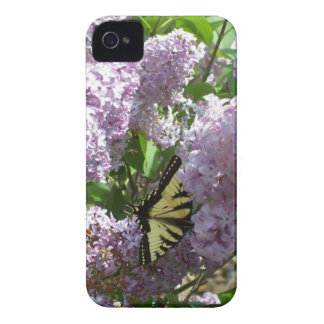 Blackberry Bold Case  Butterfly on Lilac Design