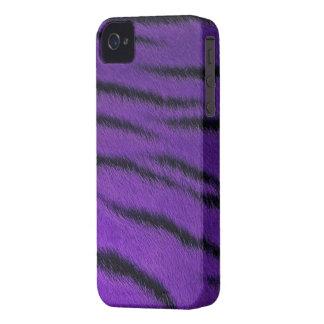 Blackberry Bold Case -  Tiger Fur - Purple