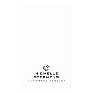 Blanc moderne de support de boucle d'oreille de carte de visite standard