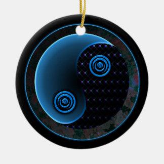 Bleu cosmique dans l'équilibre Yin Yang Ornement Rond En Céramique
