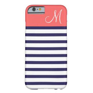 Bleu marine et monogramme de très bon goût de coque iPhone 6 barely there