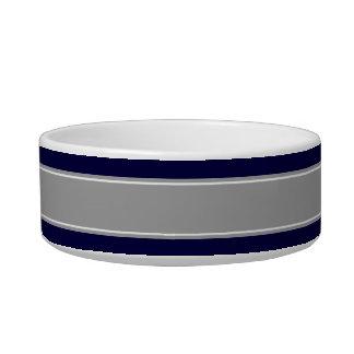 Bleu marine solide, monogramme gris-foncé de nom écuelles pour chat