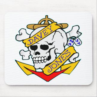 blk_davy_jones_skull mouse pad