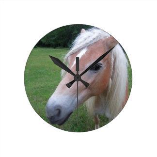 BLONDE HORSE WALL CLOCK