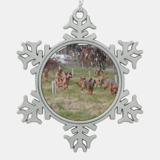 bloodhounds working pewter snowflake ornament