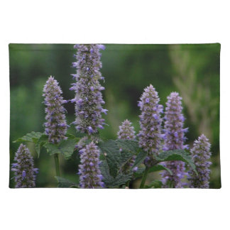 Bloomspikes in the garden placemat