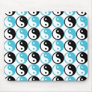 Blue and black yin yang pattern mouse pad