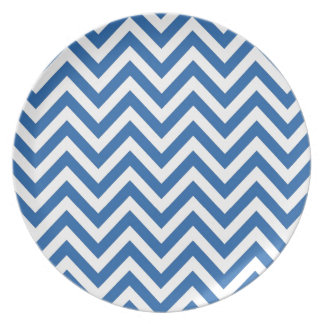 Blue and White Chevron zigzag Pattern Party Plates