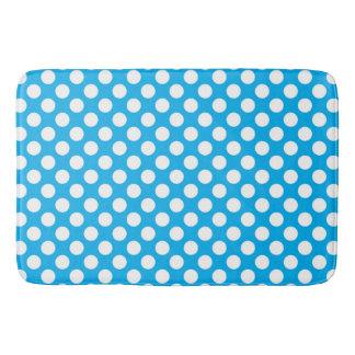 Blue and white polka dots pattern bath mat