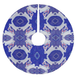 Blue and White Rabbit Crystal Glass Tree Skirt