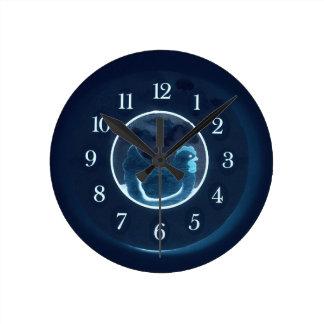 Blue Betsy Round Clock