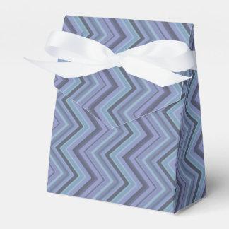 Blue-grey zigzag stripes favor box
