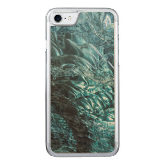 Blue ice of an ice cave, Iceland Carved iPhone 8/7 Case