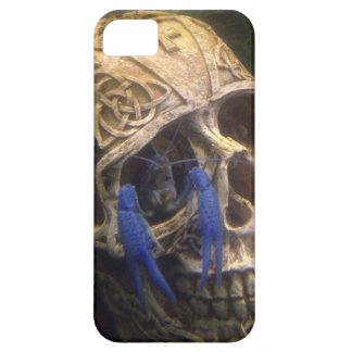 Blue lobster crayfish hanging out in a skull eye case for the iPhone 5